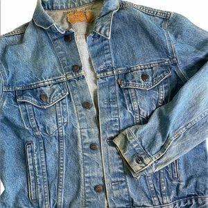 Vintage Men's Levi's jean jacket size 44